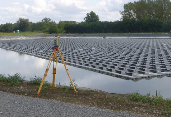 Drijvend zonnepanelenpark opgemeten door Teccon