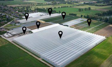 Photos aériennes d'une entreprise de floriculture
